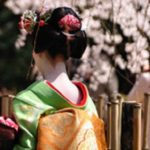 京都の舞妓さんになるまで・条件やタブーは?なぜ着付けを男衆がするの?